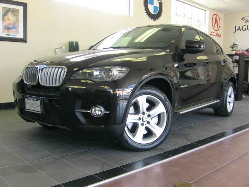 2011 BMW X6 xDrive 8-Speed Automatic Black Black This is a very nice X6 with XDrive complete wit