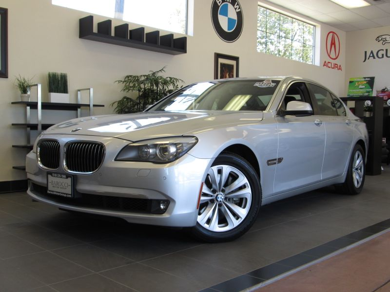 2011 BMW 7-Series 740i 6-Speed Automatic Silver Black An amazing luxury sedan with Bluetooth He