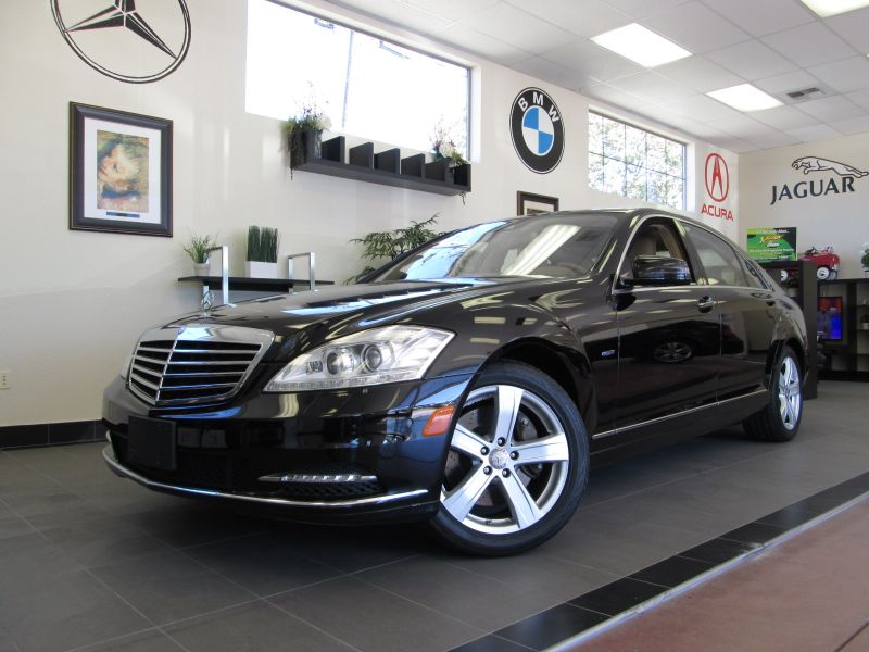 2012 MERCEDES S Class S550 4 Door Sedan Automatic Black Tan Beautiful S Class with Parking Senso