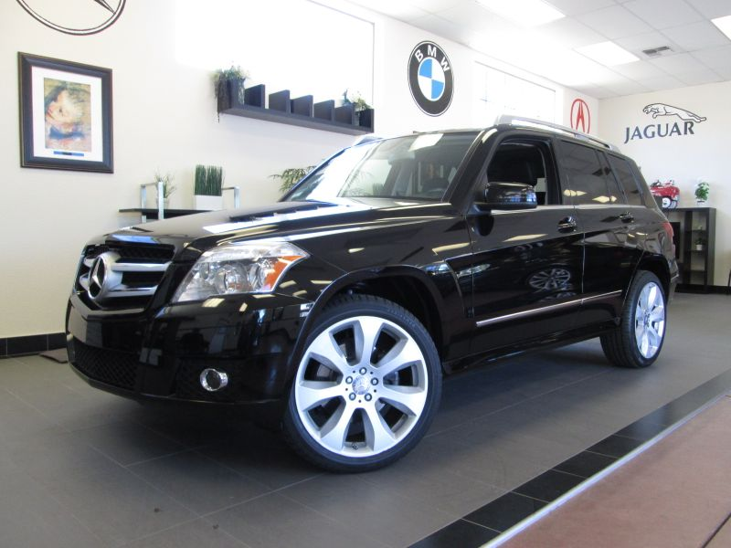 2011 MERCEDES GLK Class GLK350 4D Utility Automatic Black This is a fantastic SUV in great shape