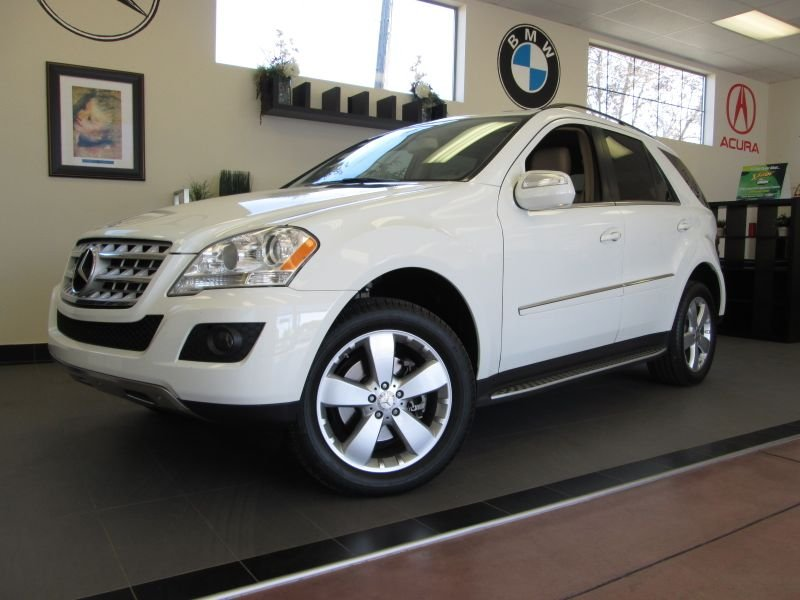 2010 MERCEDES M-Class ML350 SUV Automatic White Tan This is a wonderful vehicle in superb shape