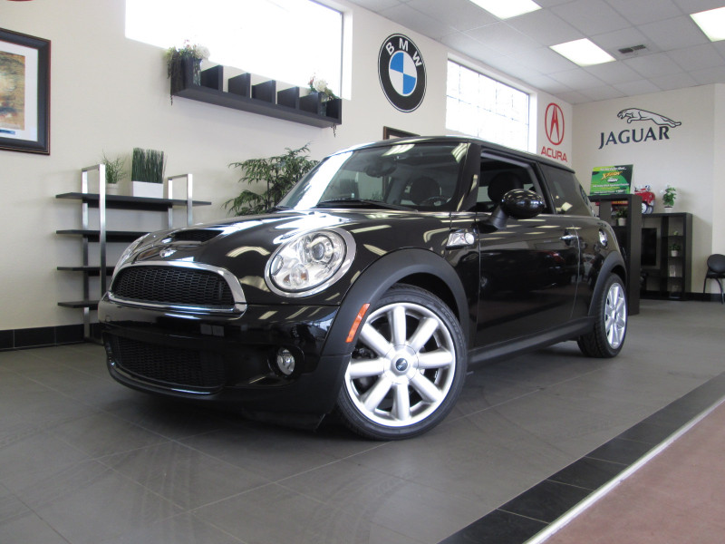 2010 Mini Cooper S S Hatchback 6 Speed Manual Black Black ABS Air Conditioning Alarm Alloy Wh