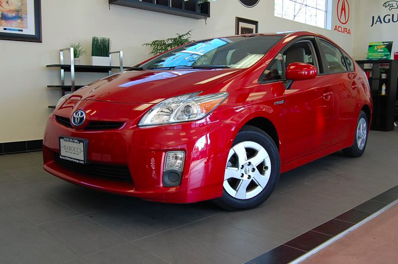 2010 Toyota Prius II Hatchback 4D Automatic CVT Red Tan This is a very nice Prius with New tires