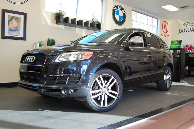 2007 Audi Q7 36 Quattro Premium Automatic Blue Gray This is a beautiful Cobalt Blue Q7 S-Line