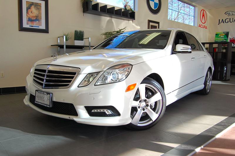2011 MERCEDES E550 Sport Sedan 4D Auto 7-Spd Touch Shift White Black This car is beautiful and s