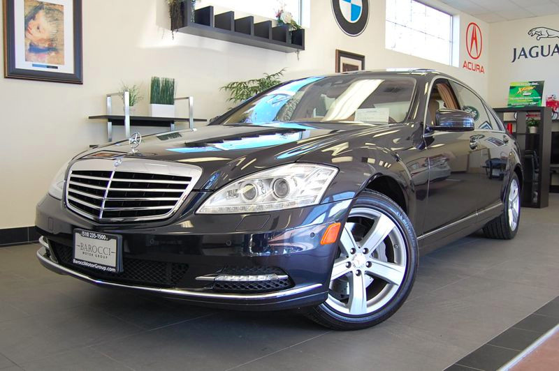 2010 MERCEDES S-Class S550 4MATIC Sedan 4D Auto 7-Spd Spt  Comfort Black Amazing shape with a to