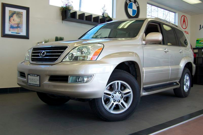 2007 Lexus GX 470 Sport Utility 4D Automatic 5-Spd wOverdrive Gold This is a very nice Lexus GX4