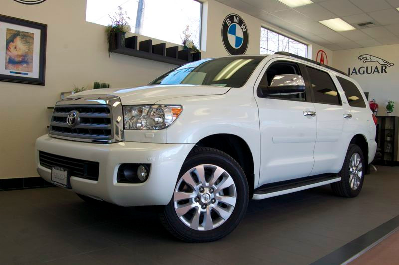 2012 Toyota Sequoia Plantium 4WD 6-Speed Automatic White Tan Fantastic vehicle with a ton of opt