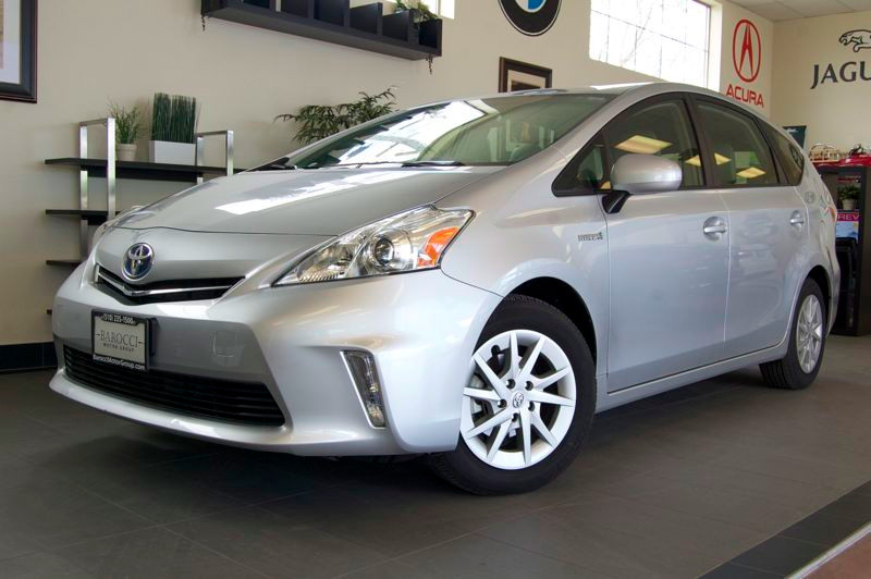 2012 Toyota Prius V-2 Wagon 4D Automatic CVT Silver Gray This is a great Prius complete with Rea
