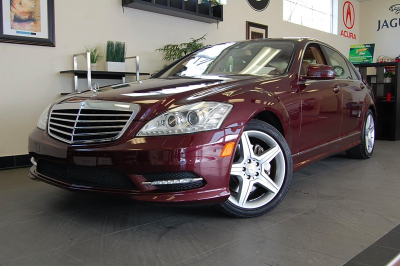 2010 MERCEDES S-Class S550 7-Speed Automatic Red Brown This is what luxury is all about comes w