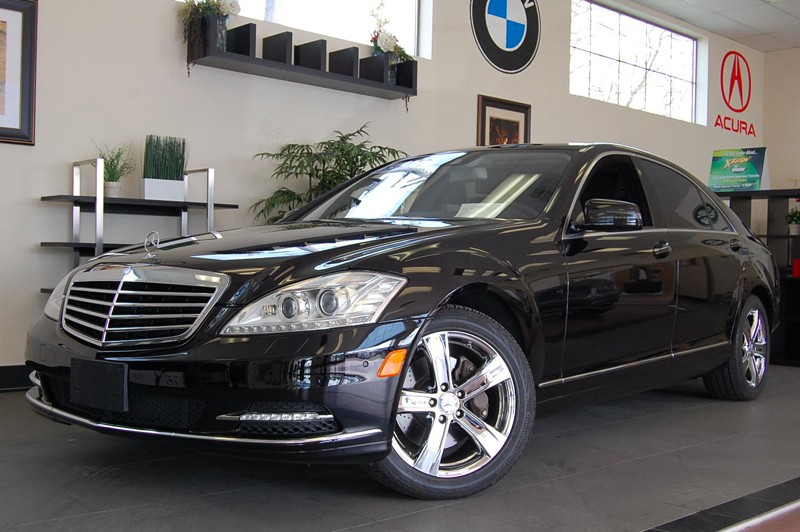 2010 MERCEDES S-Class S550 7-Speed Automatic Black Black This is what a luxury car should be Be