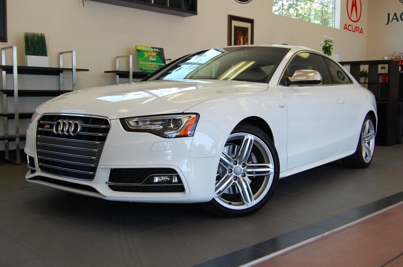 2013 Audi S5 30T quattro Premium AWD  2dr 6 Speed Manual White Black This is an amazing vehicle