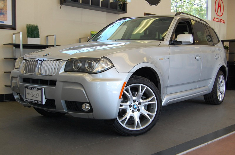 2007 BMW X3 30si 4dr SUV AWD Automatic Silver Black This X3 comes equipped with Heated Seats T