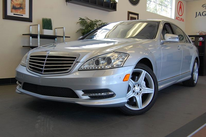 2011 MERCEDES S-Class S550 4dr Sport PKG AMG 7 Speed Auto Silver Gray  Beautiful S 550 sedan wit