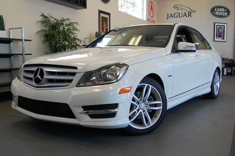 2012 MERCEDES C-Class C250 Sport 4dr Sedan 7 Speed Auto White Gray This Mercedes comes equipped