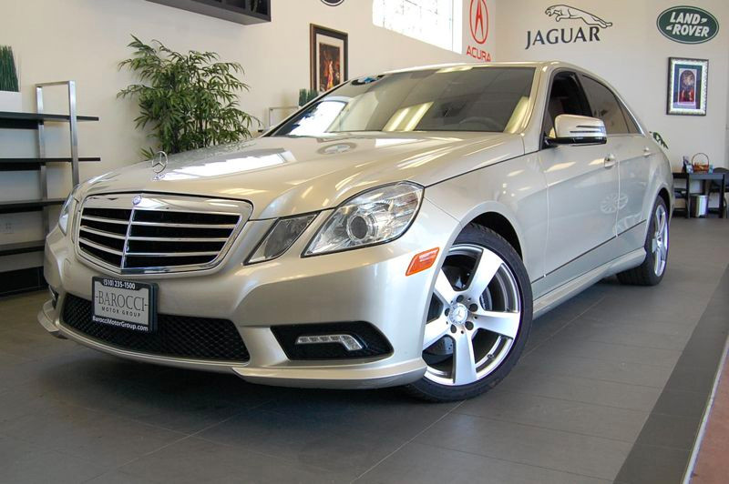 2011 MERCEDES E-Class E350 Luxury 4dr Sedan 7 Speed Auto Gold Tan This is a fantastic car with r