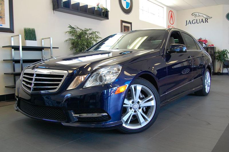 2013 MERCEDES E-Class E350 Sport 4dr Sedan 7 Speed Auto Blue Tan This is a brilliant sedan with