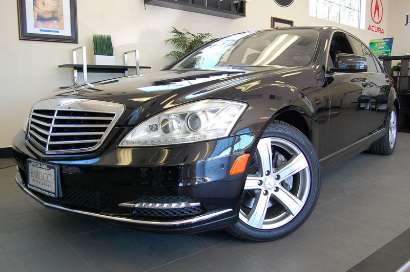 2011 MERCEDES S-Class S550 4dr Sedan 7 Speed Auto Black Comes with all the options including GPS