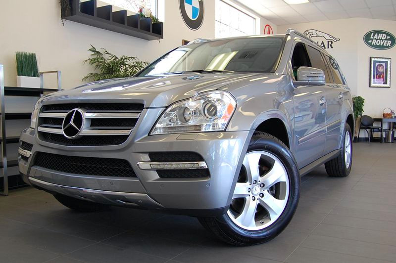 2012 MERCEDES GL-Class GL450 AWD  4MATIC 4dr SUV 7 Speed Auto Silver Charcoal This Beautiful Mer