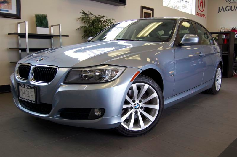 2011 BMW 3 Series 328i xDrive AWD  4dr Sedan Automatic Blue Beige  Includes Premium Package Blu