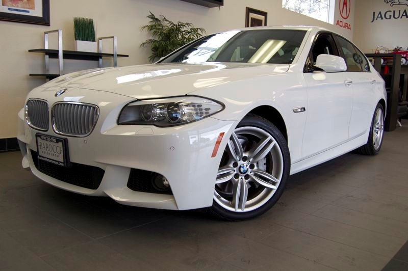 2011 BMW 5 Series 550i M-SPORT PKG Automatic White Black Amazing shape with a clean Carfax and t