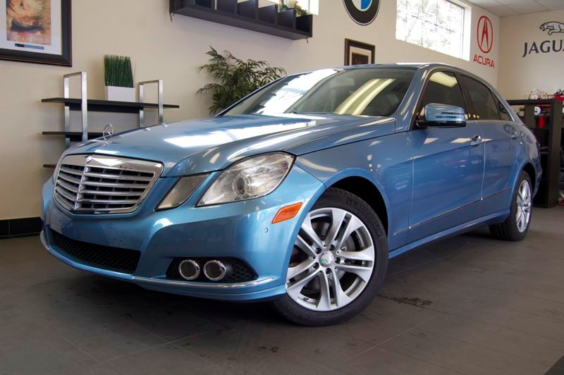 2011 MERCEDES E-Class E350 Luxury 4dr Sedan 7 Speed Auto Blue Tan Comes with a ton of features i